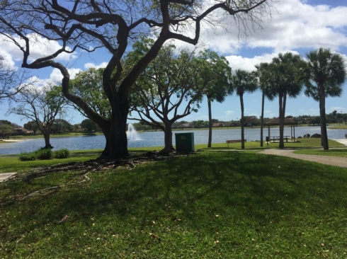 A new commercial real estate investment offering, Lago Paradiso is a value-add, multifamily lakefront apartment complex located in Miami