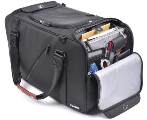 Electronics module easily clips in and out and is equipped with a dedicated smartphone pocket, a padded tablet compartment, a documents pocket, 2 mesh pockets for all your small items